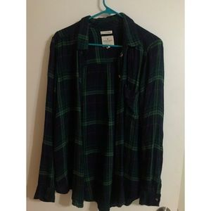 American eagle flannels FOUR DIFFERENT COLORS
